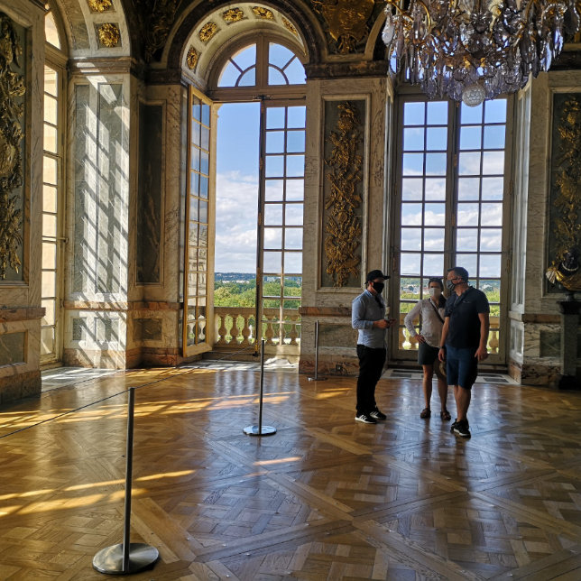 Covid Safe Guiding Versailles Palace with Boutique Bike Tours